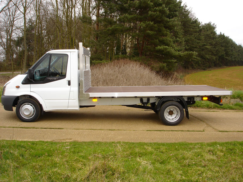 a383e0e48c7 ... 3.5 Tonne Platform Vehicle with All Alloy Sub Frame and Phenolic Mesh  Floor